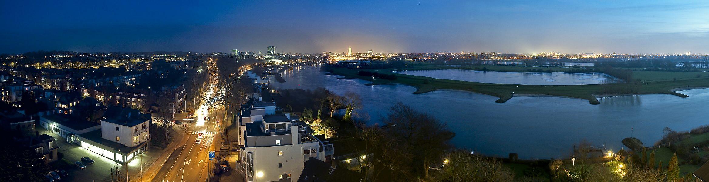 Arnhem in het donker